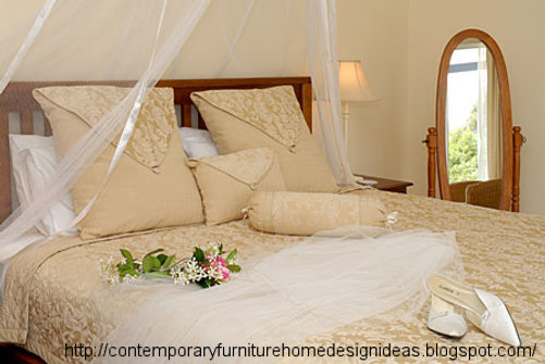 Exellent home design wedding bedroom design for Marriage bed decoration photos