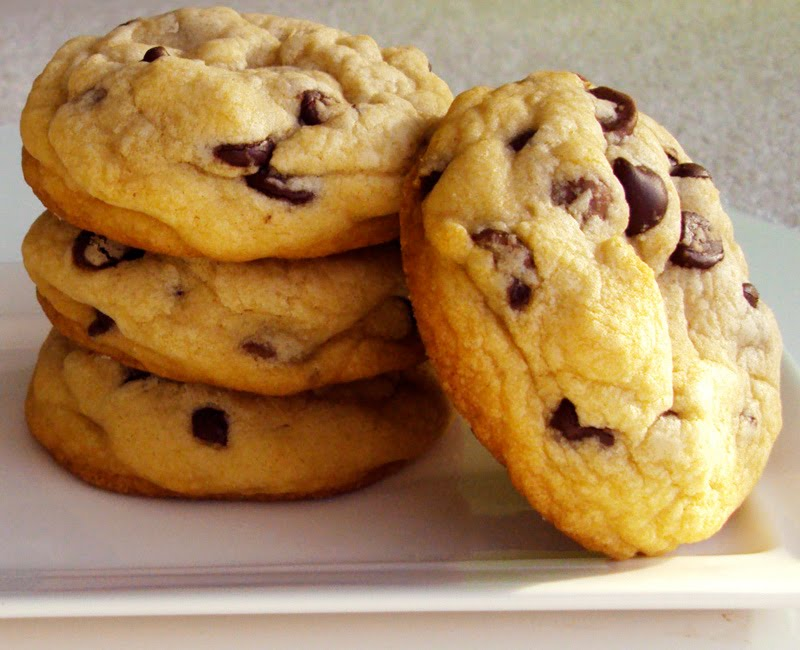 Leanne bakes: Big (and Best) Chocolate Chip Cookies