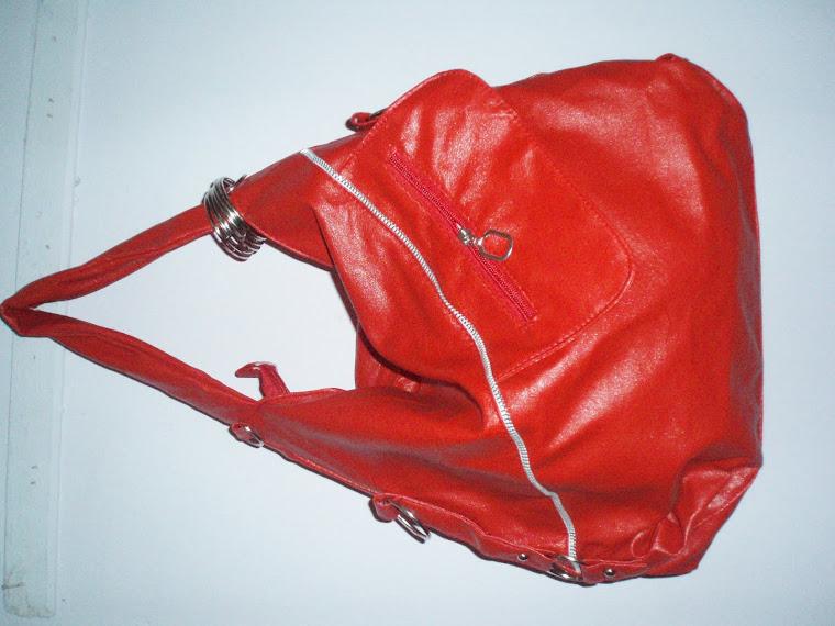 merah yang menawan