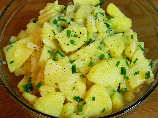 Cooking Weekends: Kartoffelsalat; German Potato Salad