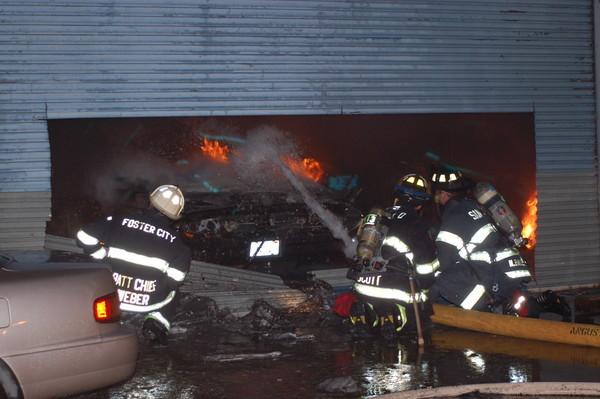 Neil Young victime d'un incendie Fire-warehouse