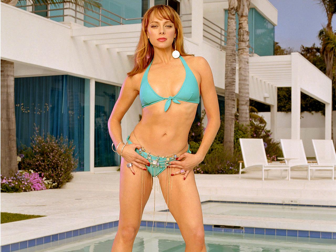 Julienne Davis Nude