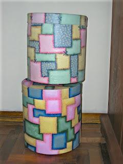 tarros grandes de dulce de leche pintados con motivos simil patchwork