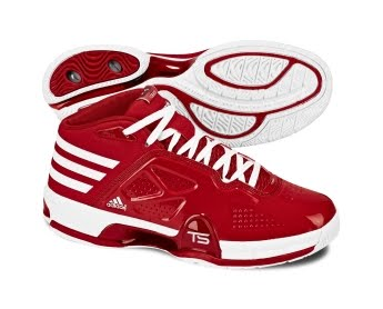 The Adidas Team Signature Lightning Creator shoes features highspeed