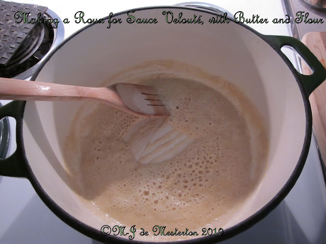 Make a roux with about two tablespoons each of butter and flour. Stir ...: world-history9.blogspot.com/2010_10_01_archive.html