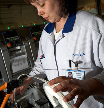 [Image: Nokia+Factory+Photos+%284%29.jpg]