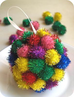 twinkle pom pom ornament