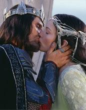 """""""El amor hace que todo de repente parezca posible"""""""