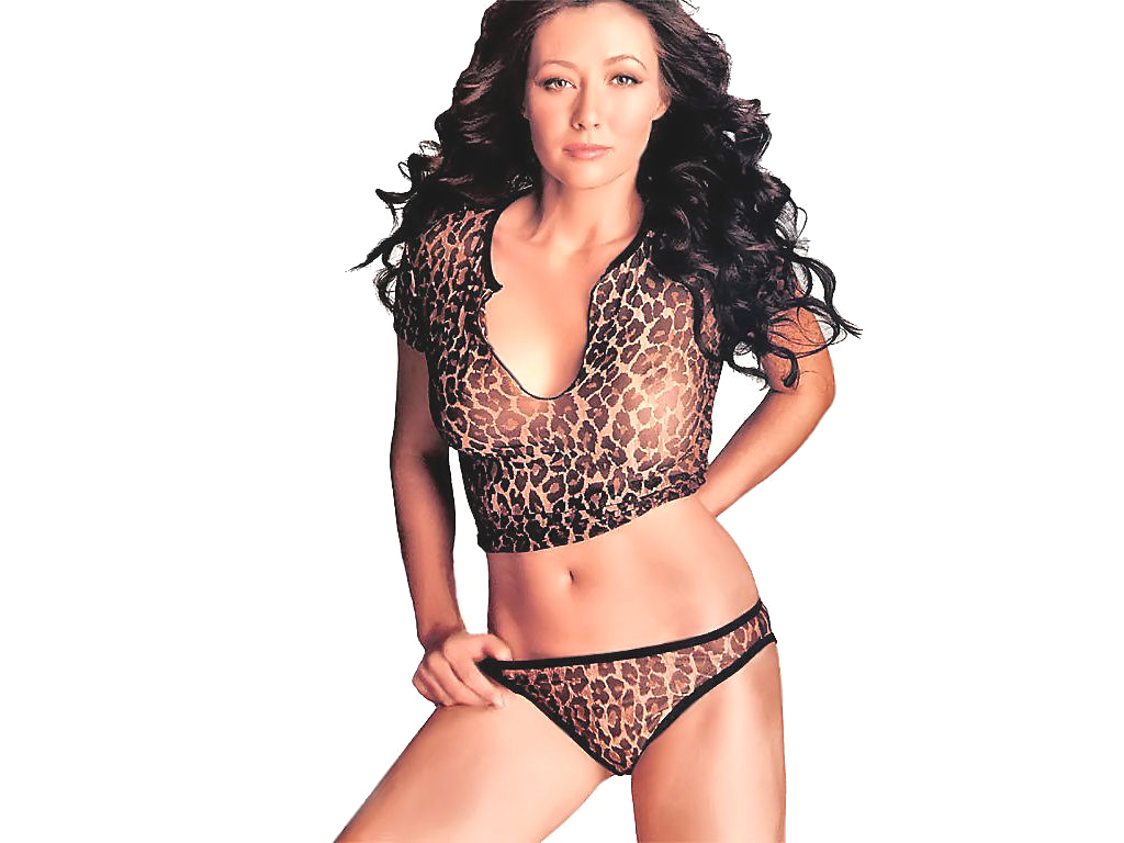 shannen doherty fhm