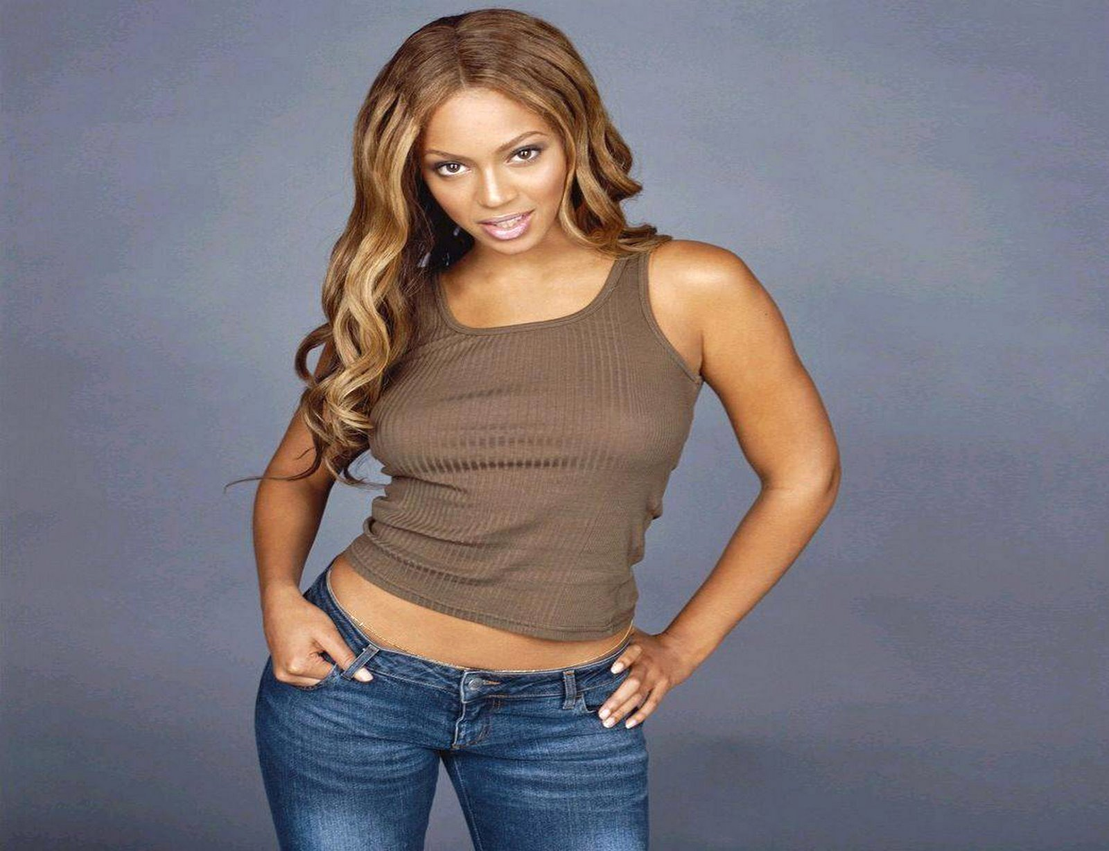 http://2.bp.blogspot.com/_kz5tggJUhu8/Ry8NP18plnI/AAAAAAAAAFk/gY35_zZmrWs/s1600/Beyonce+Knowles+2.jpg