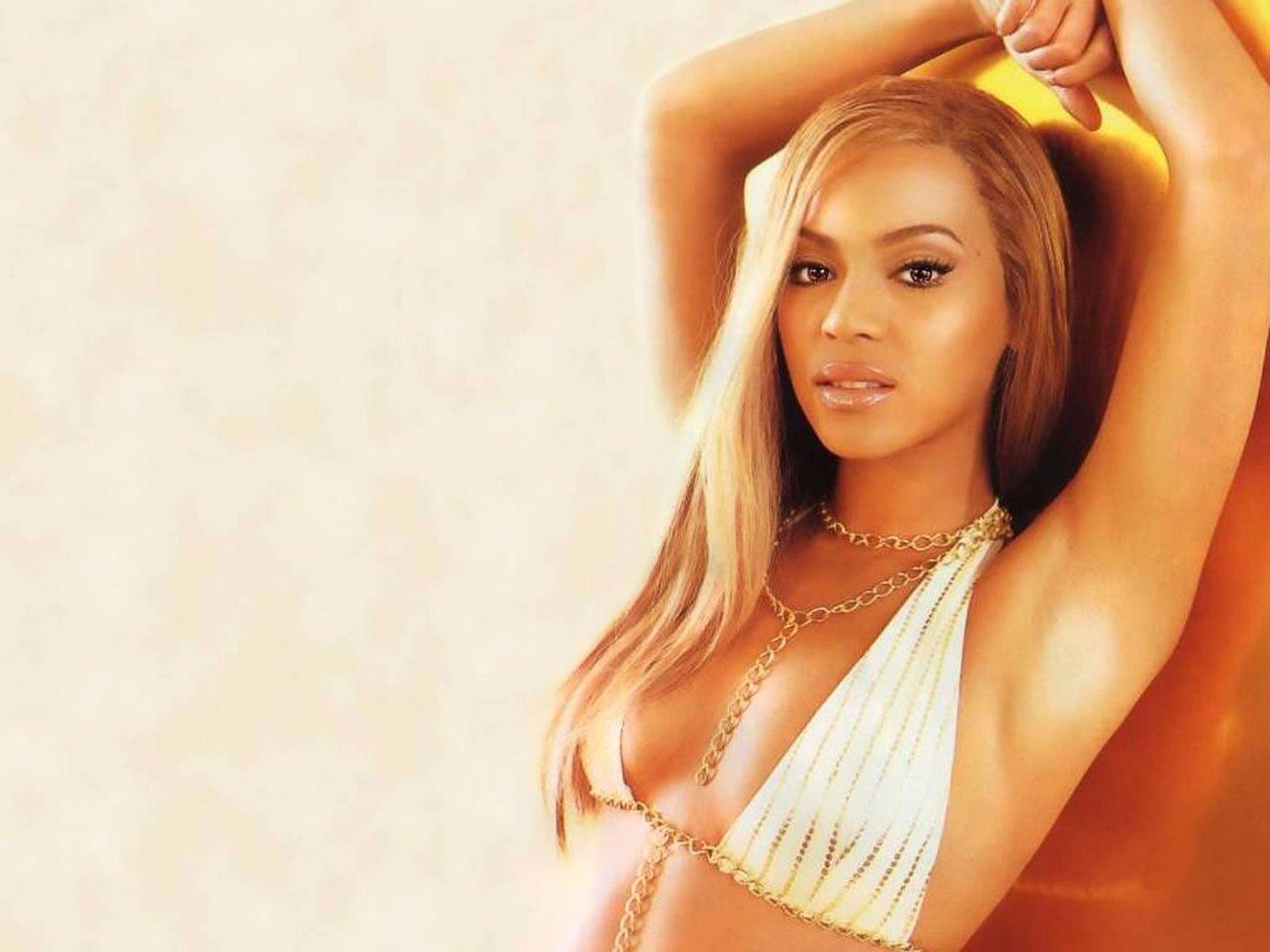 http://2.bp.blogspot.com/_kz5tggJUhu8/Ry8Nx18ploI/AAAAAAAAAFs/bLHlx-X6YHg/s1600/Beyonce+Knowles+3.jpg
