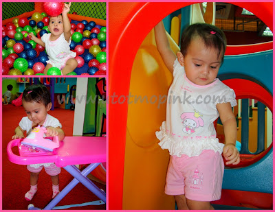 These pink Hello Kitty items of my little Aşkım are my entries for the
