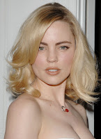 Melissa George Cleavage Shots