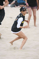 Eva Longoria Playing Beach Vollyeball