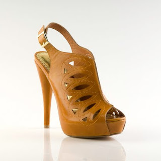 Fashion Find Must Have: ShoeDazzle collection by Kim kardashian