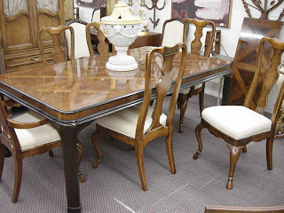 Drexel Heritage Connoisseur Dining Table And Six Chairs