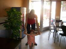 CUMPLE SONIA 18 AÑOS COMIDA FAMILIAR