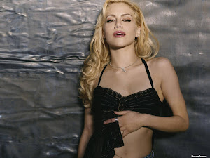 Brittany Murphy Beautiful Hollywood Actress 2012 http://hollywoodactress2012.blogspot.com