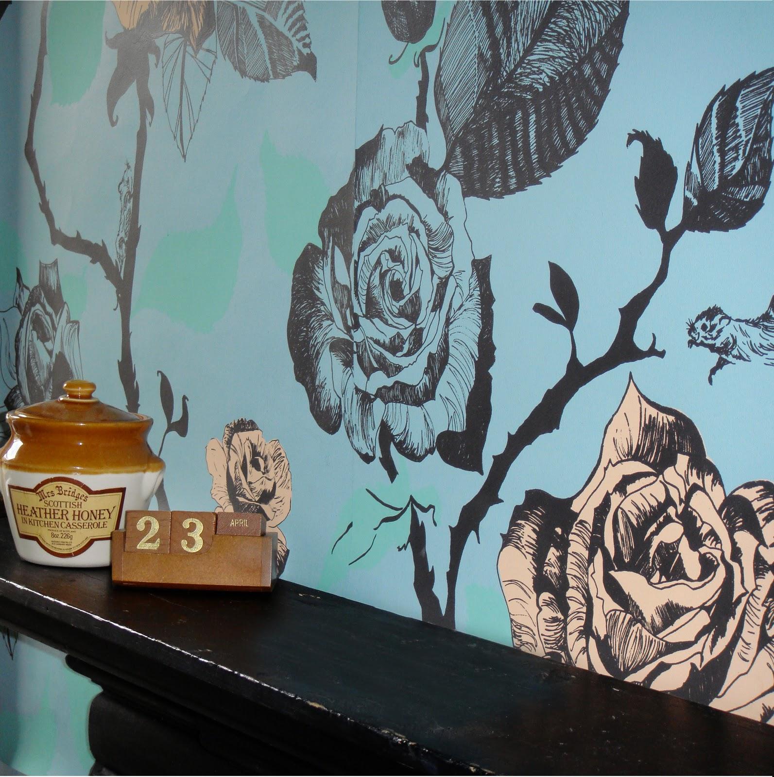 http://2.bp.blogspot.com/_l47rXBvIQtE/TNBqeFZNkTI/AAAAAAAAAHk/63XuKw7yWPM/s1600/Ta+a+Mouse+Wallpaper+-+ESPC.jpg