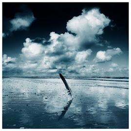 """""""Se repentir du passé, s'ennuyer du présent, craindre l'avenir : telle est la vie."""" (U.Foscolo)"""