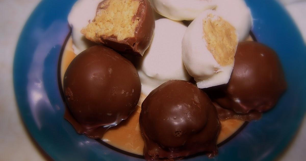 TheKitchenCookie: Peanut Butter Crunch Truffles