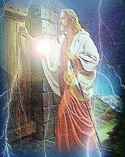 Jesus Christ knocking the door and shine lighting around him hq(hd) free Christian religious wallpaper