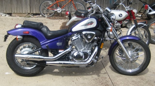 Barry U0026 39 S Bikes  1995 Honda Shadow 600 V