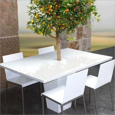meja makan hiasan rumah