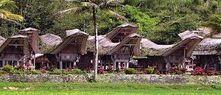 Rumah Adat Tongkonan Tana Toraja