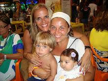 MARIA LAURA, RAMÓN, RENATA E EU.