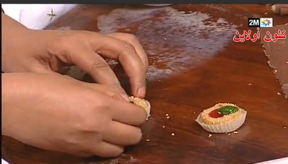 حلويات للعيد متنوعة من المطبخ المغربي بالصــــور خطـــوة بخـــــــطوة روعة %D8%B1%D9%82%D9%855.