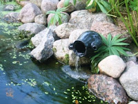 водопадик в саду