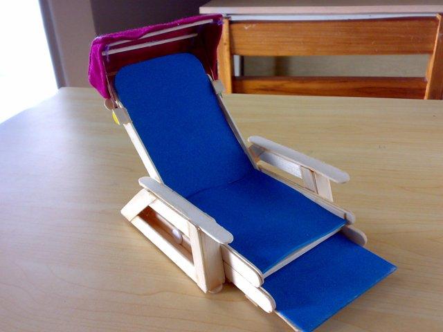 Bersandar Nyaman di Bisnis Ppembuatan Kursi Pantai