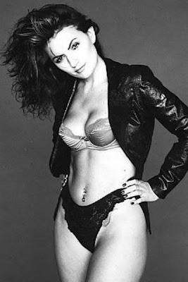 Davina McCall sexy bikini