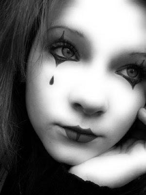 http://2.bp.blogspot.com/_lDp84rz-i_4/Sfjg9YNeQcI/AAAAAAAACsY/c2Y_ZttPhtw/s400/The_Sad_Mime.jpg