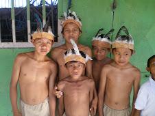 Estudiantes indígenas de la comunidad Jivi-Estado Amazonas