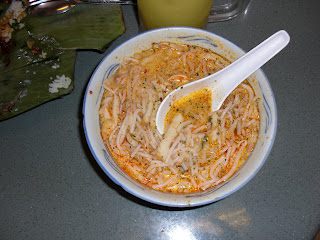 singapore food - laksa