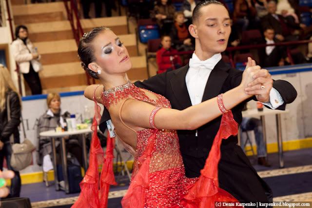 Пара выступает на соревнованиях по спортивным танцам в рамках чемпионата Belarus Open Championship в  Минске, Беларусь 13.11.2010
