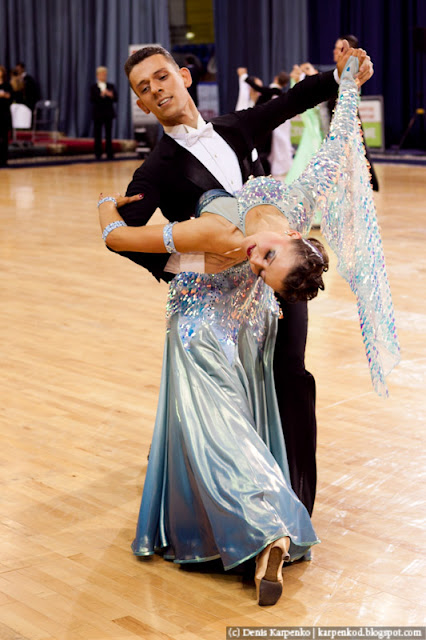 Пара выступает на соревнованиях по спортивным танцам в рамках Belarus Open в  Минске, Беларусь 13.11.2010