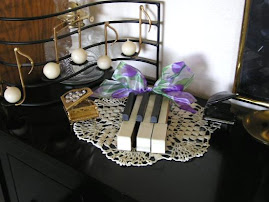 """Piano Keys Bouquet"""