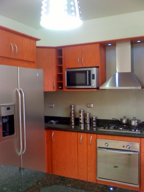 Cocinas diangel for Disenos de cocinas empotradas