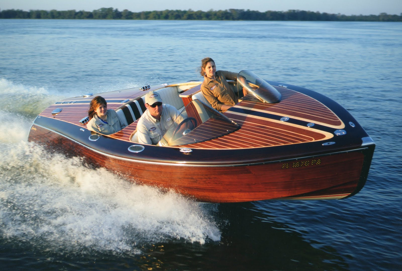 Classic wood boats chris craft wooden