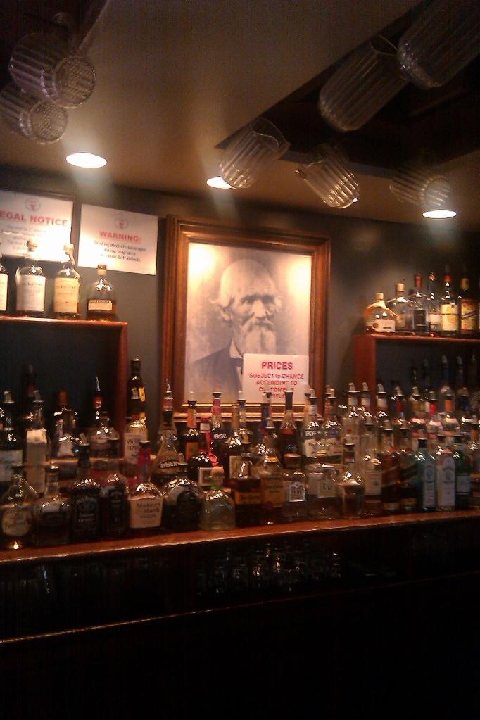 Hit That Dive: Colonel Brooks' Tavern Washington DC -- THE REVIEW