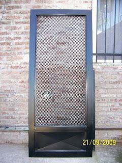 Herreria de hogar y de obra puerta hierro y malla - Mallas de hierro ...