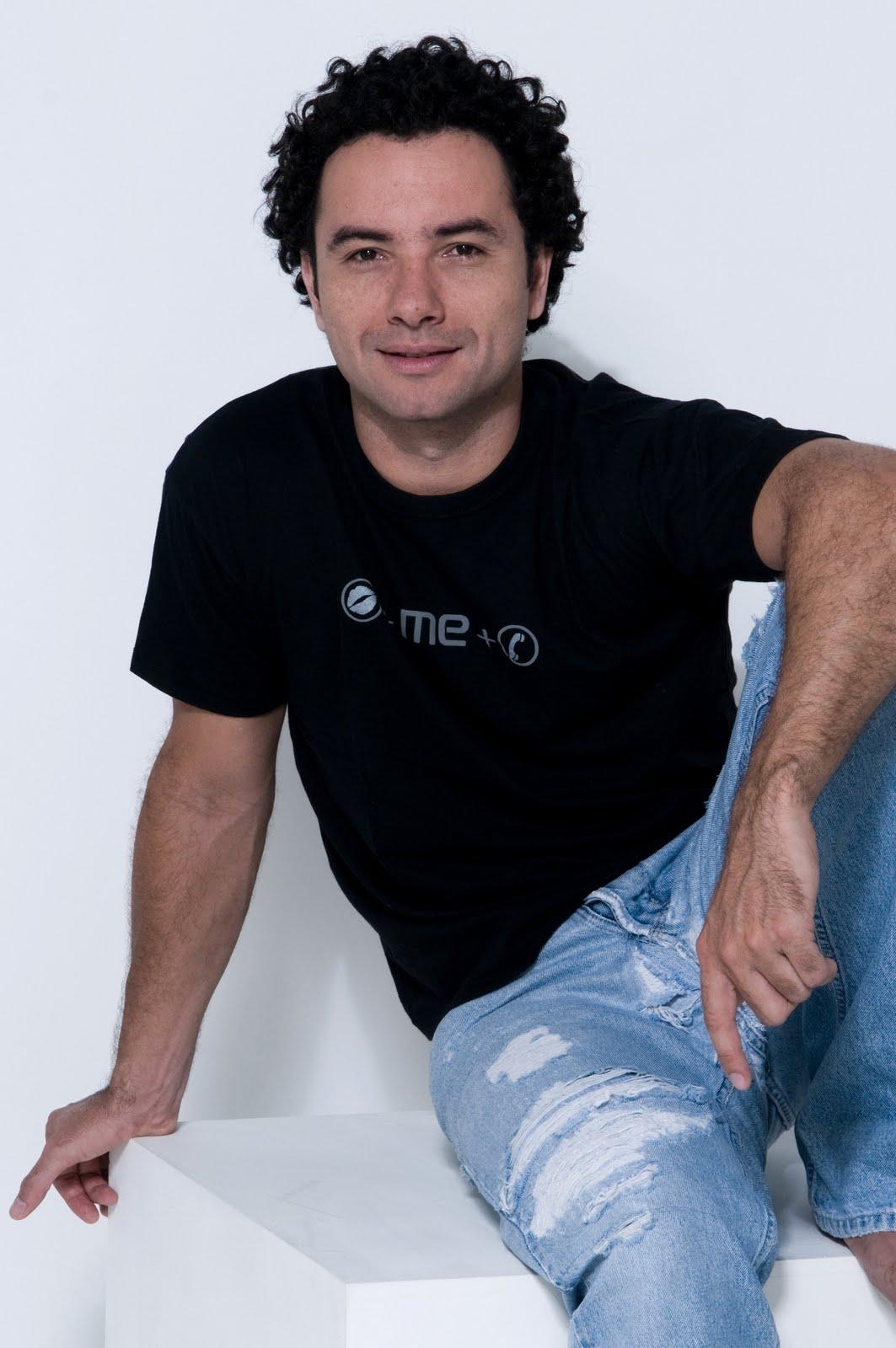 http://2.bp.blogspot.com/_lLuZPzhtQSc/TDXeQyxjITI/AAAAAAAAANQ/0Cuyf2cVf8U/s1600/foto+Marco+luque+-+Paulo+Reis.JPG