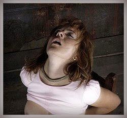 submissive slave Natalia torture