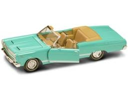 Mercury Diecast Yatming 92558Turquoise 1-18th Scale 1966 Mercury Cyclone Turquoise With Convertible Top Down