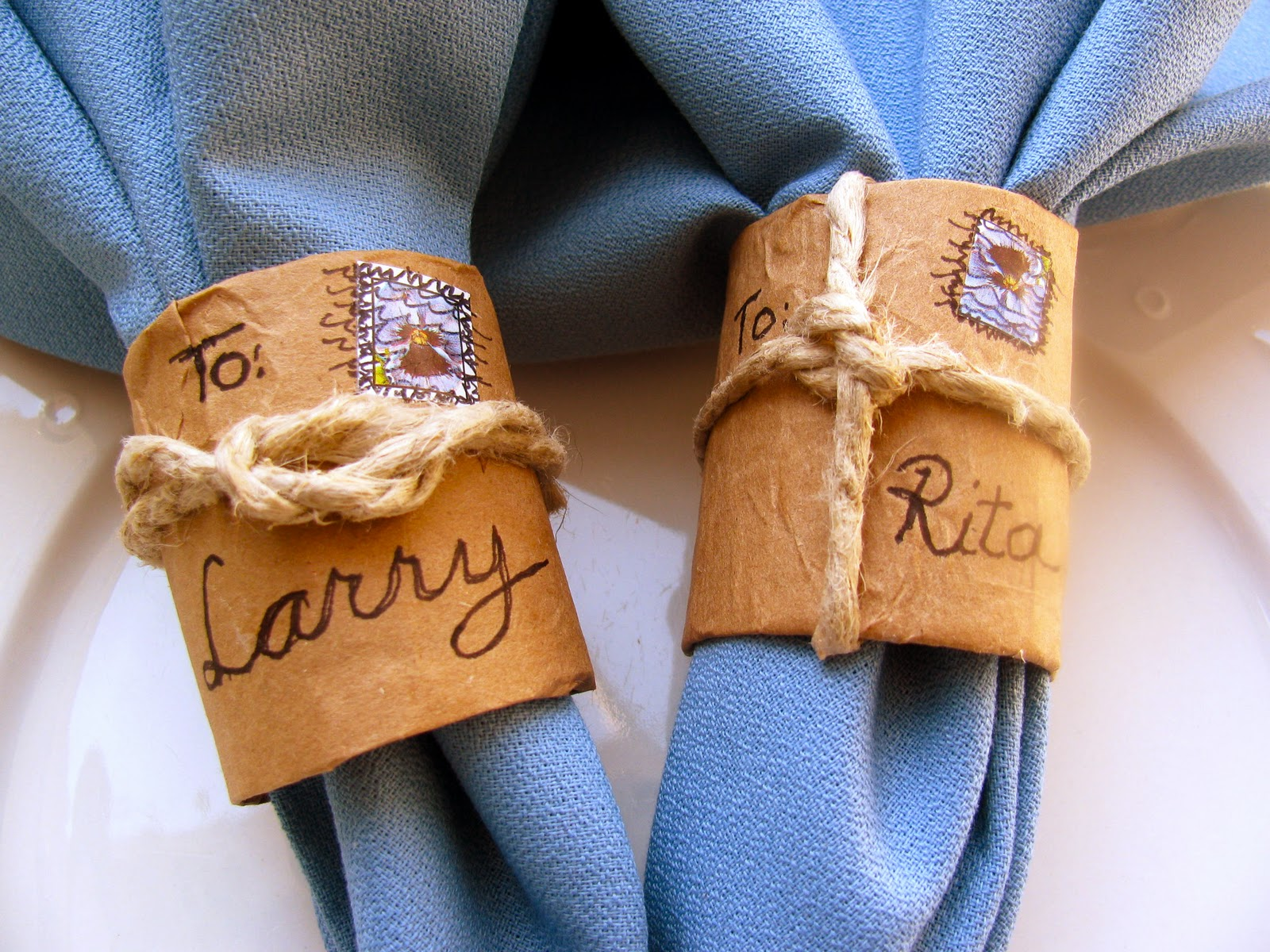 may days brown paper napkin rings tied up with strings. Black Bedroom Furniture Sets. Home Design Ideas
