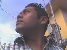 http://2.bp.blogspot.com/_lPfOWF90Vj4/Sb2kumBgfoI/AAAAAAAAAAY/3UrsNhoMuaE/S220/luismirandocielo.jpg