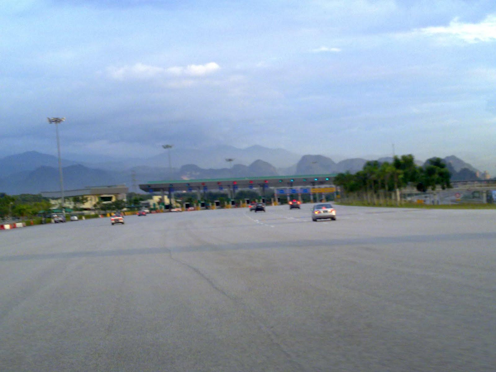 Plaza Tol Jelapang Baru